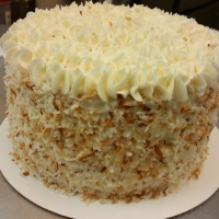 16056 Toasted Coconut Round Cake