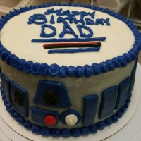 16077 Happy Birthday Dad R2-D2 Star Wars Round Cake View 1