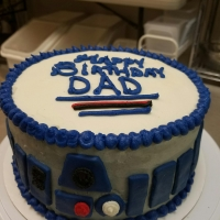 16078 Happy Birthday Dad R2-D2 Star Wars Round Cake View 2