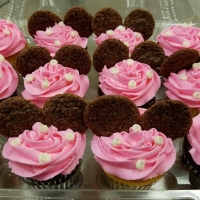 Minnie Mouse Cupcake Favors